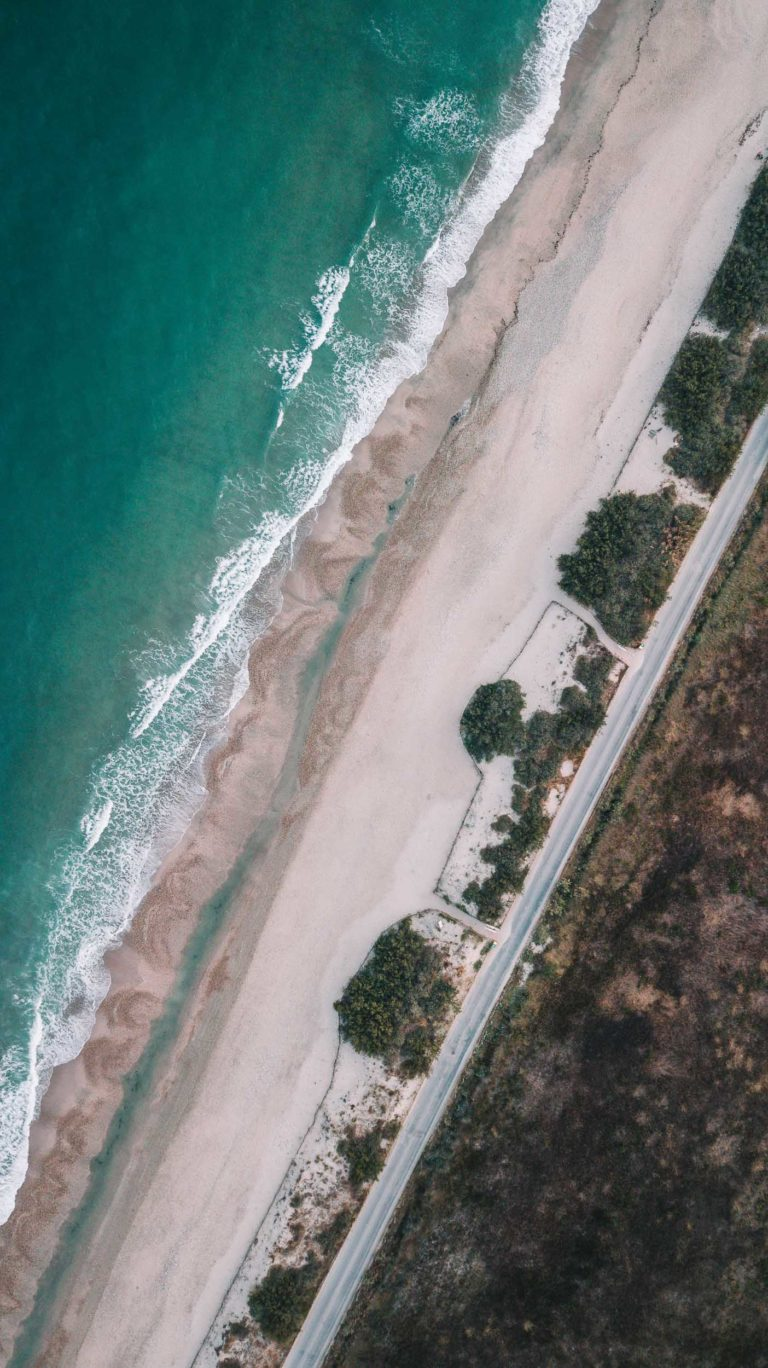 drone-palavaslesflots-plage-gui2raw-voyage